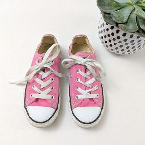 Girls Pink Lace Up Converse Chuck Taylors